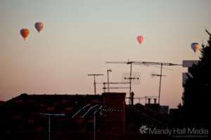 Its nice to wake up earlier than usual and see hot air balloons from my kitchen