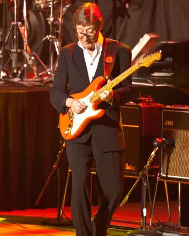 Hank Marvin with Cliff Richard and the Shadows, 50th Anniversary show at Rod Laver Arena, 2010